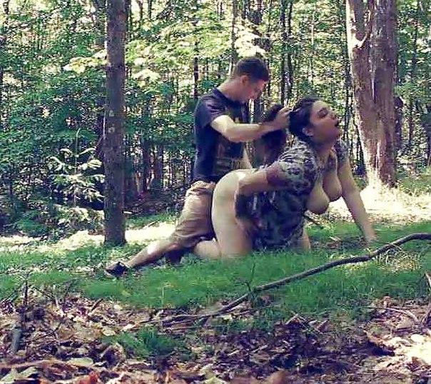 Тёлки позволяют самцам драть их в различные щели перед камерой